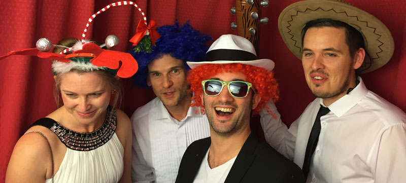 How To Make Your Own Photo Booth Props | Virtual Events